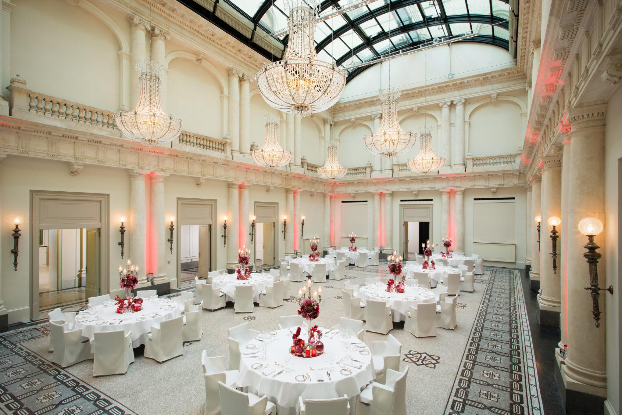 Hotel de Rome Historischer Ballsaal für Veranstaltungen und Hochzeiten
