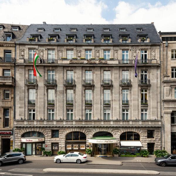Excelsior Hotel Ernst Fassade