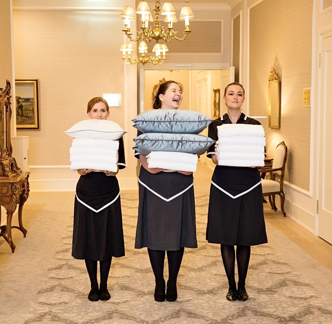 Fairmont Hotel Vier Jahreszeiten Service Team